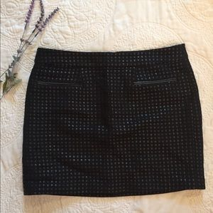 GAP Black Skirt w Leather Check Weave and Trim